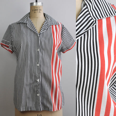 Vintage Short Sleeved Golfers Paradise Graphic Blouse