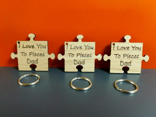 Oak Veneer 'I Love You To Pieces Dad' Jigsaw Keyring
