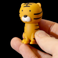Cute Zoo LED Keyring with Sound - Choose from Lion, Tiger, Zebra or Giraffe