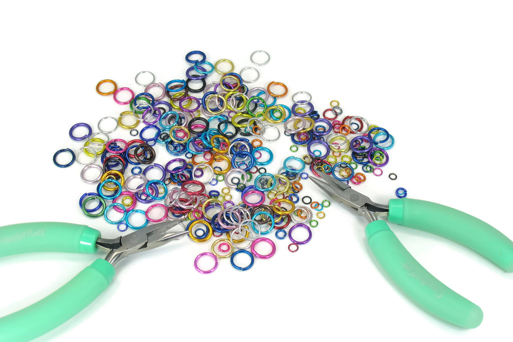 Making Chain Materials Only Chainmaille GutsyGuide Kit for Mastering the Basics Course