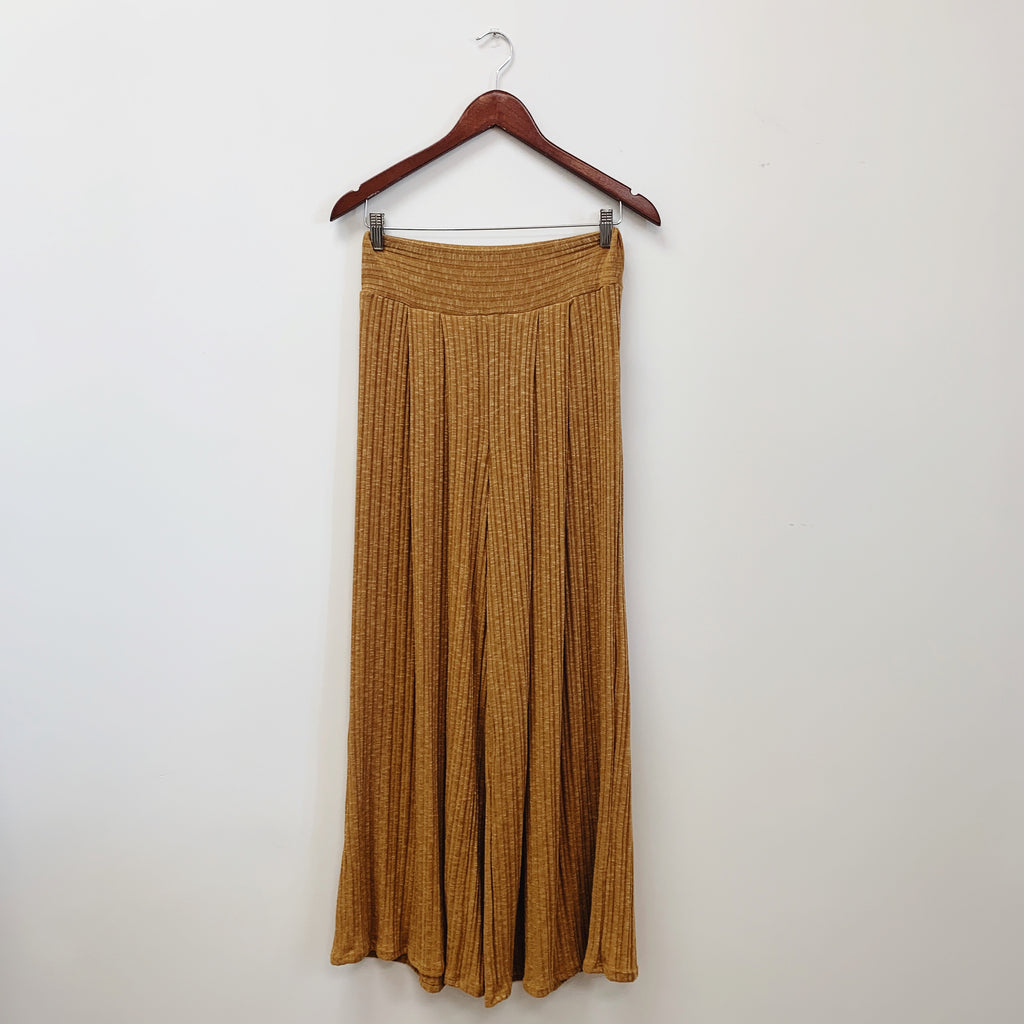 The Liv Wide Leg Pants | Camel |