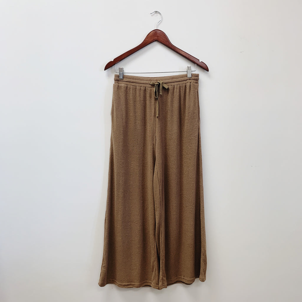The Ollie Ribbed Wide Leg Pants | Taupe |