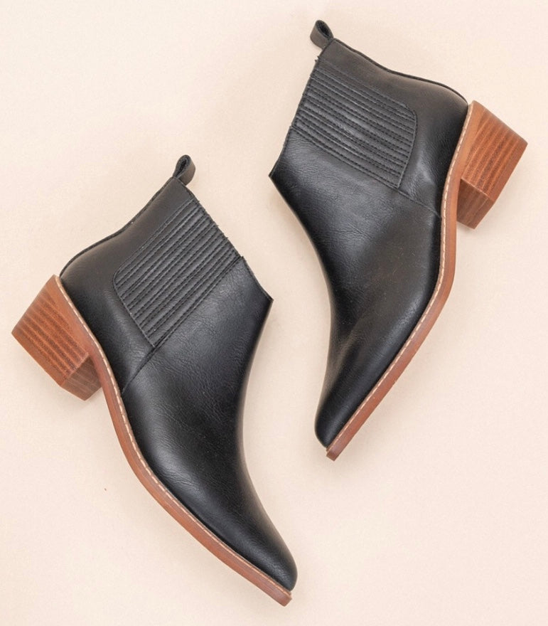 The Francis Bootie | Black |