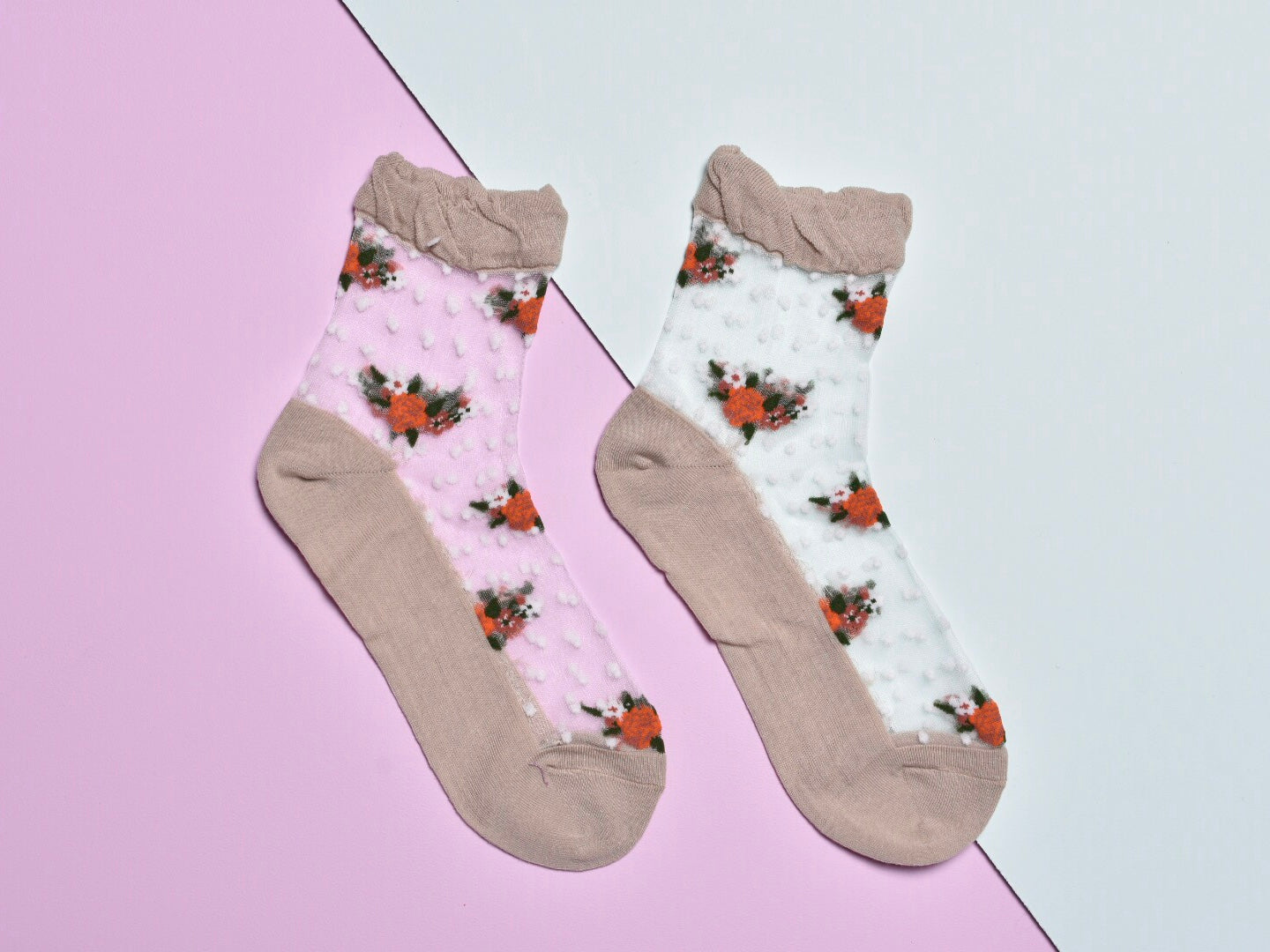 Sheer flower ankle socks, camel
