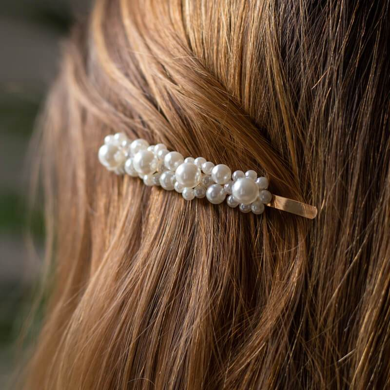 Hairpin with pearls