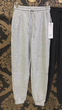 Load and play video in Gallery viewer, Alo Yoga XS Micro Waffle Fireside Sweatpant - Dove Grey Heather