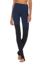 Load image into Gallery viewer, Alo Yoga High-Waist Goddess Legging - Rich Navy/Black