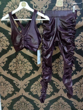 Load image into Gallery viewer, Alo Yoga XXS High-Waist Cinched Legging - Oxblood Shine