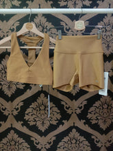 Load image into Gallery viewer, Alo Yoga XXS High-Waist Airlift Short - Caramel
