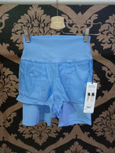 Load image into Gallery viewer, Alo Yoga XS High-Waist Circuit Short - Marina
