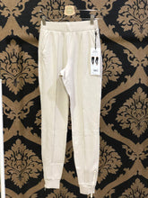 Load image into Gallery viewer, Alo Yoga SMALL Propel Sweatpant - Bone