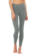 Load image into Gallery viewer, Alo Yoga 7/8 High-Waist Airbrush Legging - Concrete