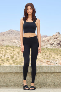 Alo Yoga Bind Fitted Bra Tank - Black