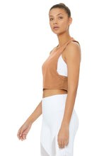 Load image into Gallery viewer, Alo Yoga Heat-Wave Crop Tank - Henna