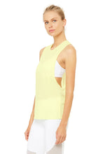Load image into Gallery viewer, Alo Yoga Heat-Wave Tank - Citrine