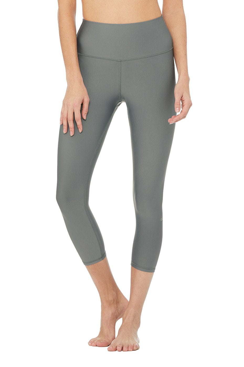 Alo Yoga High-Waist Airlift Capri - Concrete
