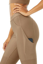 Load image into Gallery viewer, Alo Yoga SMALL High-Waist 4 Pocket Utility Legging - Gravel