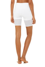 Load image into Gallery viewer, Alo Yoga XS High-Waist Lavish Short - White