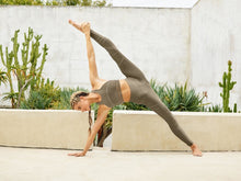 Load image into Gallery viewer, Alo Yoga XXS High-Waist Sequence Legging - Olive Branch