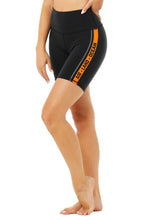 Load image into Gallery viewer, Alo Yoga XXS High-Waist Spin Short - Black/Tangerine