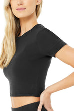 Load image into Gallery viewer, Alo Yoga XS Micro Waffle Sierra Short Sleeve Top - Black