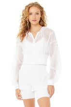 Load image into Gallery viewer, Alo Yoga SMALL Nebula Jacket - White
