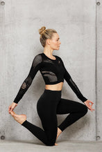 Load image into Gallery viewer, Alo Yoga SMALL Siren Long Sleeve Top - Black