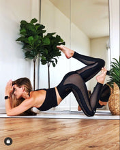 Load image into Gallery viewer, Alo Yoga XXS High-Waist Energize Legging - Black
