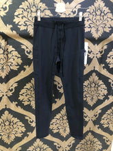 Load image into Gallery viewer, Alo Yoga XS 7/8 High-Waist Checkpoint Legging - Black