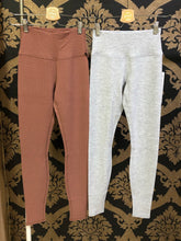 Load image into Gallery viewer, Alo Yoga XS High-Waist Micro Waffle Lowkey Legging - Dove Grey Heather