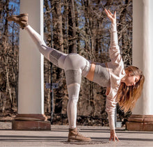 Load image into Gallery viewer, Alo Yoga XS High-Waist Alosoft Sheila Legging - Lavender Cloud / Gravel / Nectar Heather
