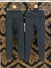 Load image into Gallery viewer, Alo Yoga XXS 7/8 High-Waist Airlift Legging - Anthracite