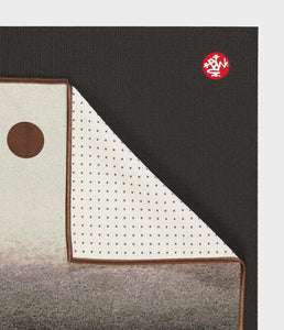 Manduka Yogitoes® Yoga Mat Towel - Earth