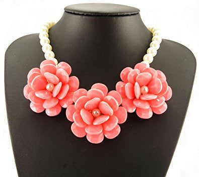 Pearl Chain With 3 Rose Flowers Fashion Necklace