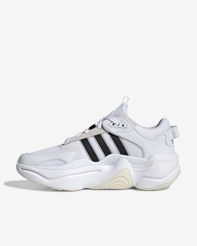 MAGMUR RUNNER W - WHITE/BLACK