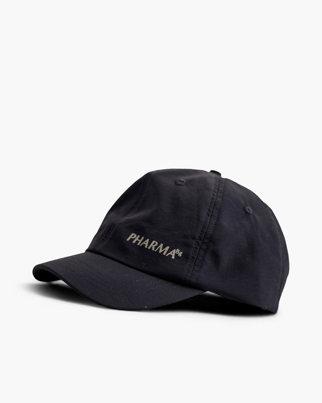 SMALL LOGO CAP SHORT BRIM - BLACK
