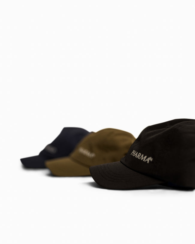 SMALL LOGO CAP SHORT BRIM - OLIVE GREEN