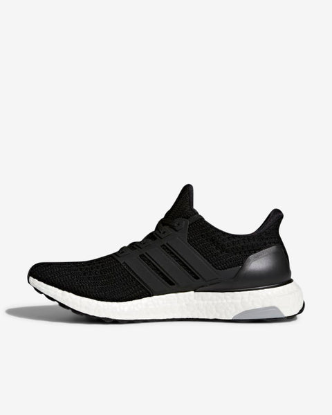 ULTRABOOST  - BLACK