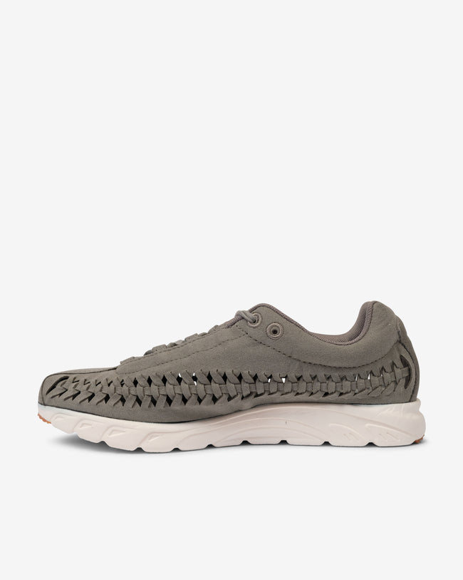 WMNS MAYFLY WOVEN - GREY