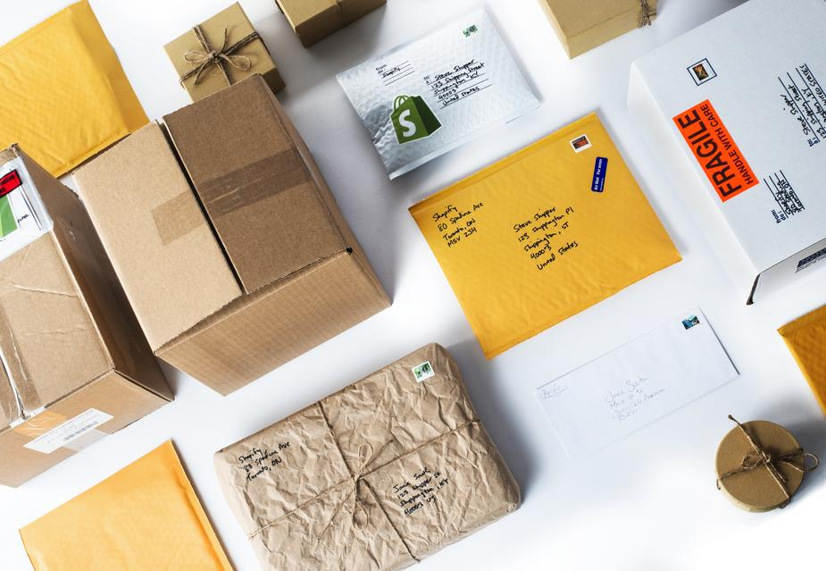 How to Win Over Customers With a Smart Shipping Rate Strategy