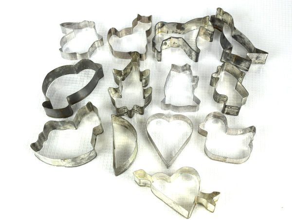 16 Vintage Metal Cookie Cutter Assortment Christmas Cookie Decorating - ChaseyBlueVintage