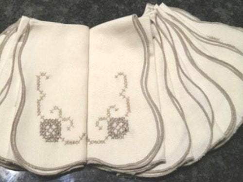 Vintage Set of 12 Beige Linen Napkins with Satin Stitch Edges and Hand Sewn Cross Stitch Design - ChaseyBlueVintage