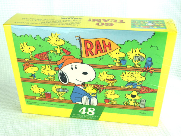 Snoopy Jigsaw Puzzle Sealed NIB Factory Sealed 48 Pieces Titled Go Team - ChaseyBlueVintage