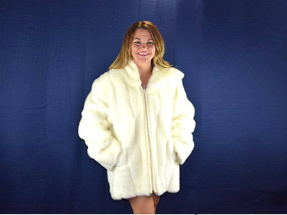 Vintage Faux Fur Hooded Coat Womens XL in Winter White by Dennis Basso - ChaseyBlueVintage