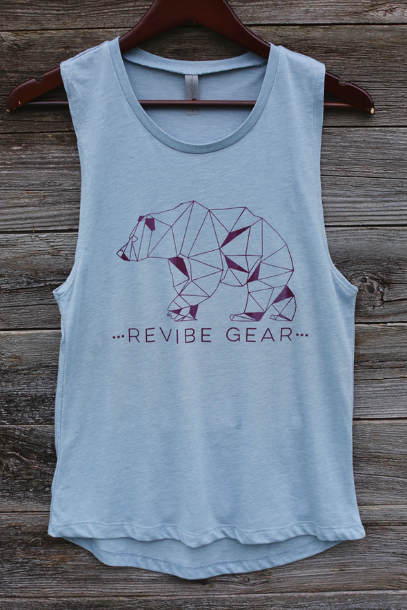 ReVibe women's trail bear muscle tee - glacier blue