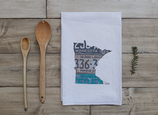SALE - Minnesota Home Vintage License Plate - Tea Towel