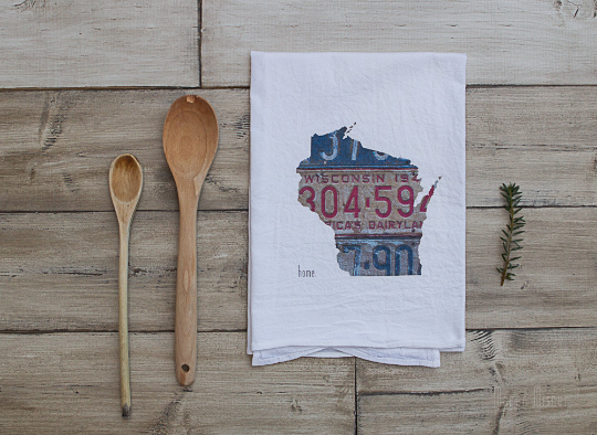 SALE - Wisconsin Home Vintage License Plate - Tea Towel