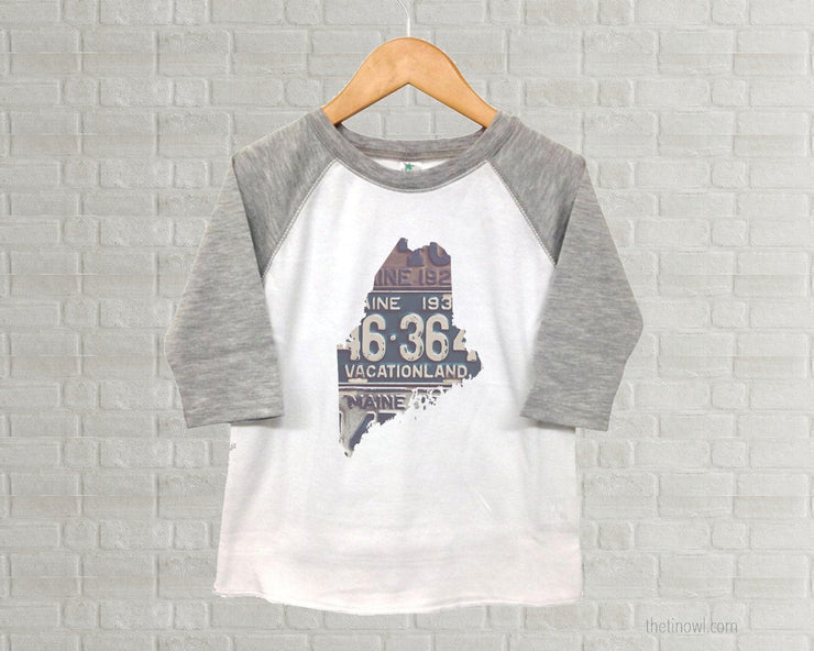 Maine Youth Raglan T-Shirt - Vintage License Plate Art