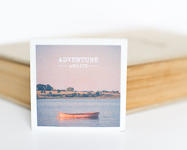 Magnet - Adventure Awaits