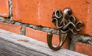 Bronze Octopus Hook